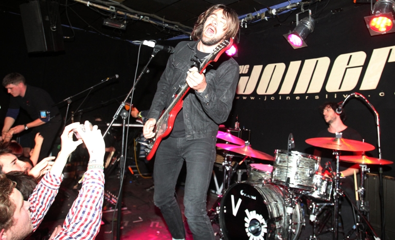 The Vaccines sell-out gig at The Joiners - VIDEO