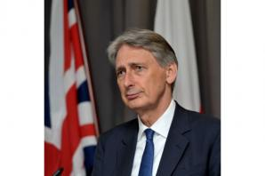 Philip Hammond to press for more action on Syria and Yemen on Gulf tour