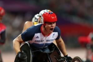 David Weir becomes first to break three-minute mile in a wheelchair