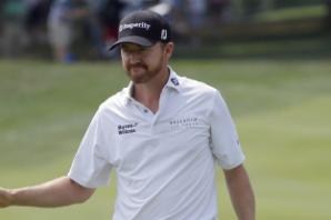 Jimmy Walker makes the early running with hot start to US PGA Championship